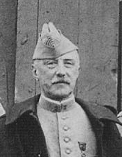 Colonel René Gouzil chef de corps du 2e Régiment de Hussards 	1914-1917
